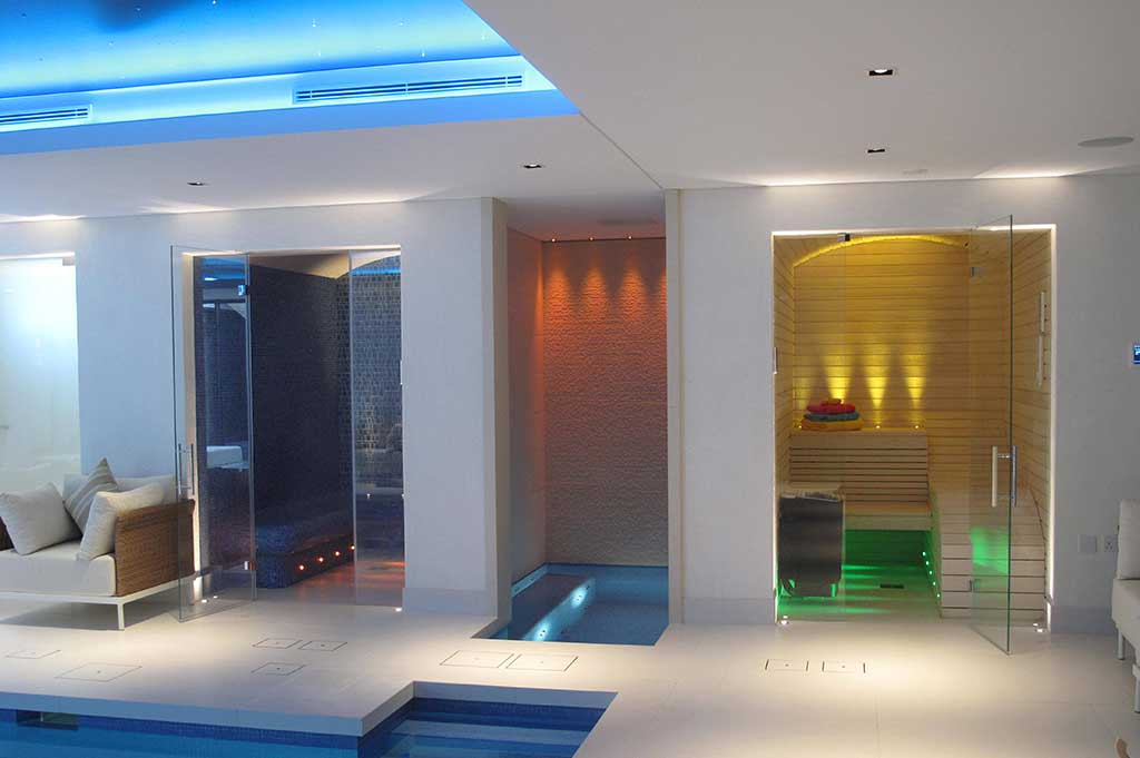 fibre optic lighting in private pool - 1